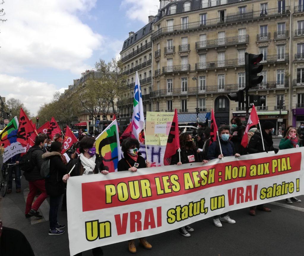 Manifestation AESH à Paris le 8 avril 2021