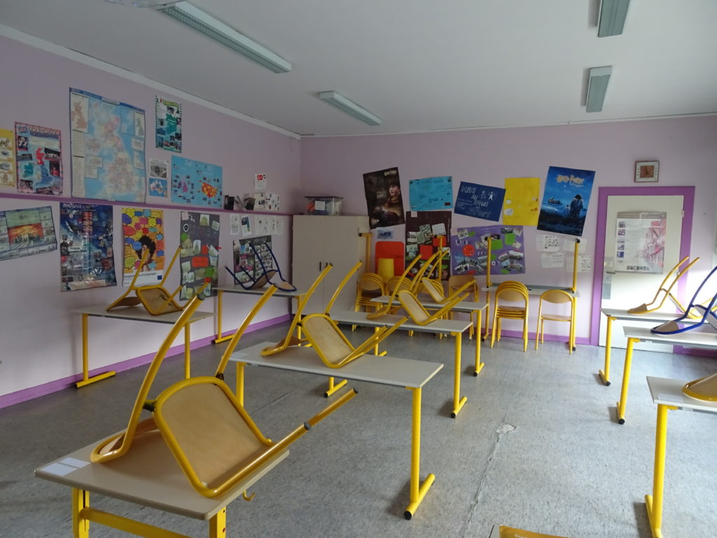 une salle/une classe: un dispositif épuisant pour les enseignants
